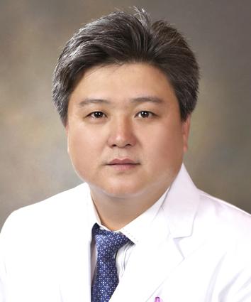 Lee, Yong Seuk